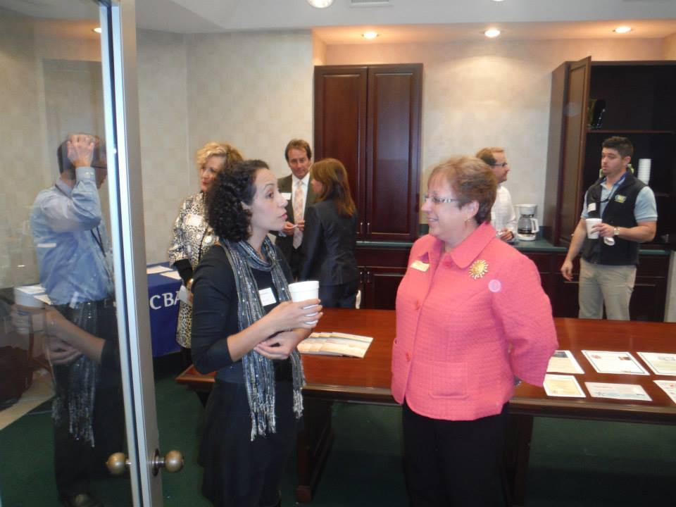 Talking_to_Chamber_s_president_id23
